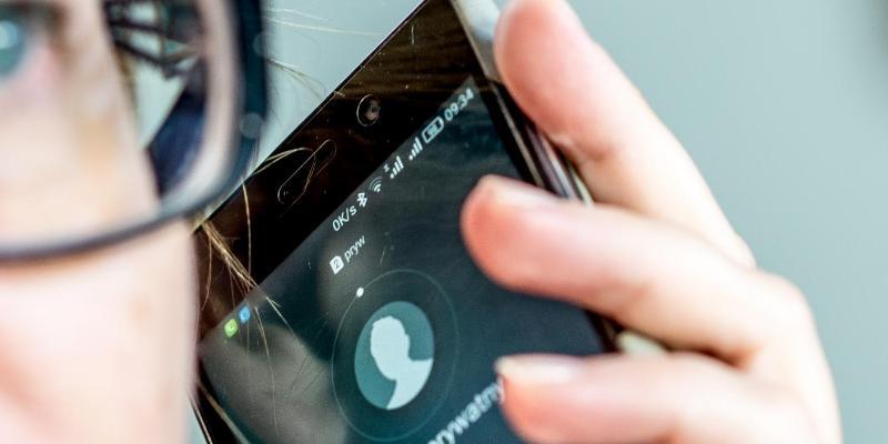 Nowy telefon zaufania dla młodych ludzi
